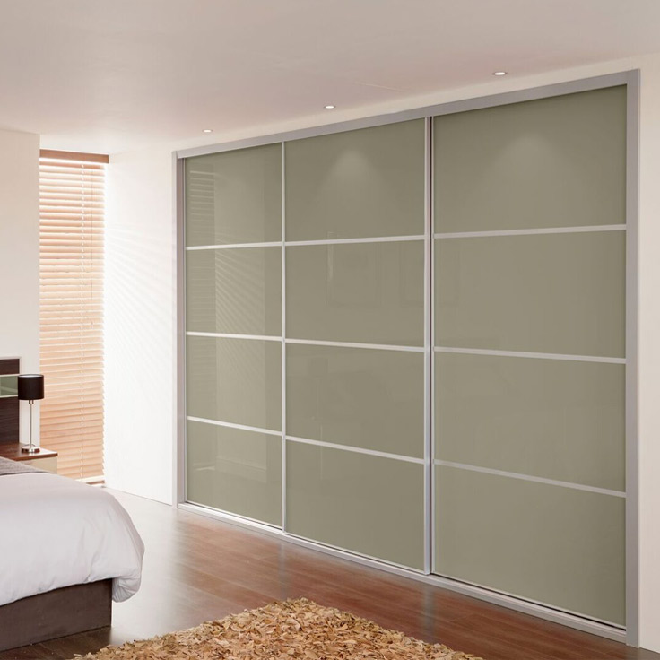 Metro Floor to Ceiling Sliding Wardrobe – Stone Grey Doors (with 3 Oriental Bars).