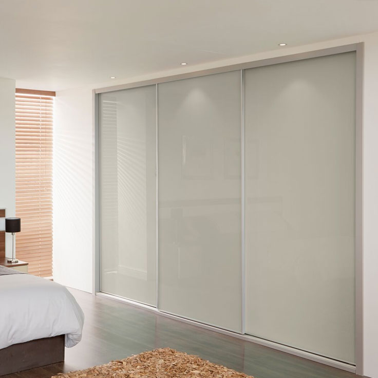 Metro Sliding Wardrobe Doors – Cashmere Glass Single Panels.